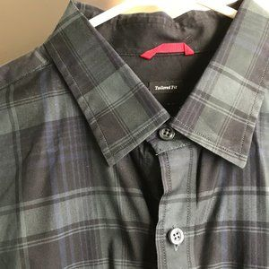 Victorinox Plaid Button Up Size Large